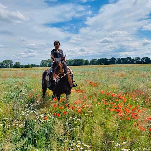 Esther Kimmel auf dem Pferd